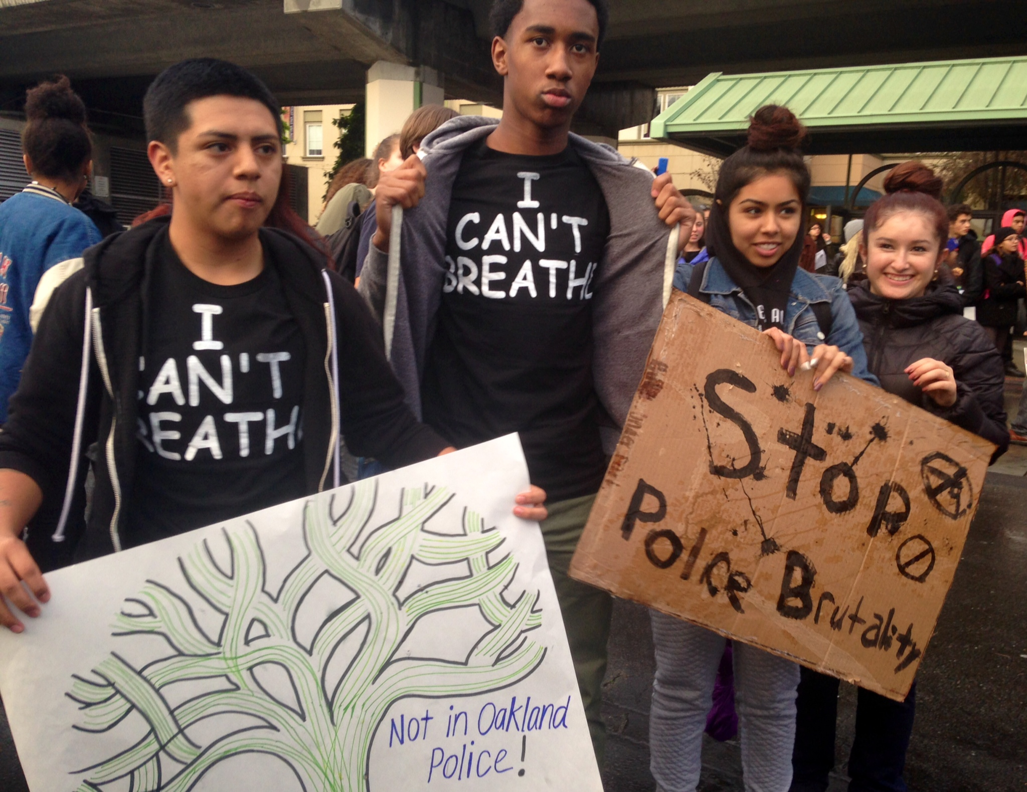 """Life Academy students wearing """"I can't breathe"""" t-shirts."""
