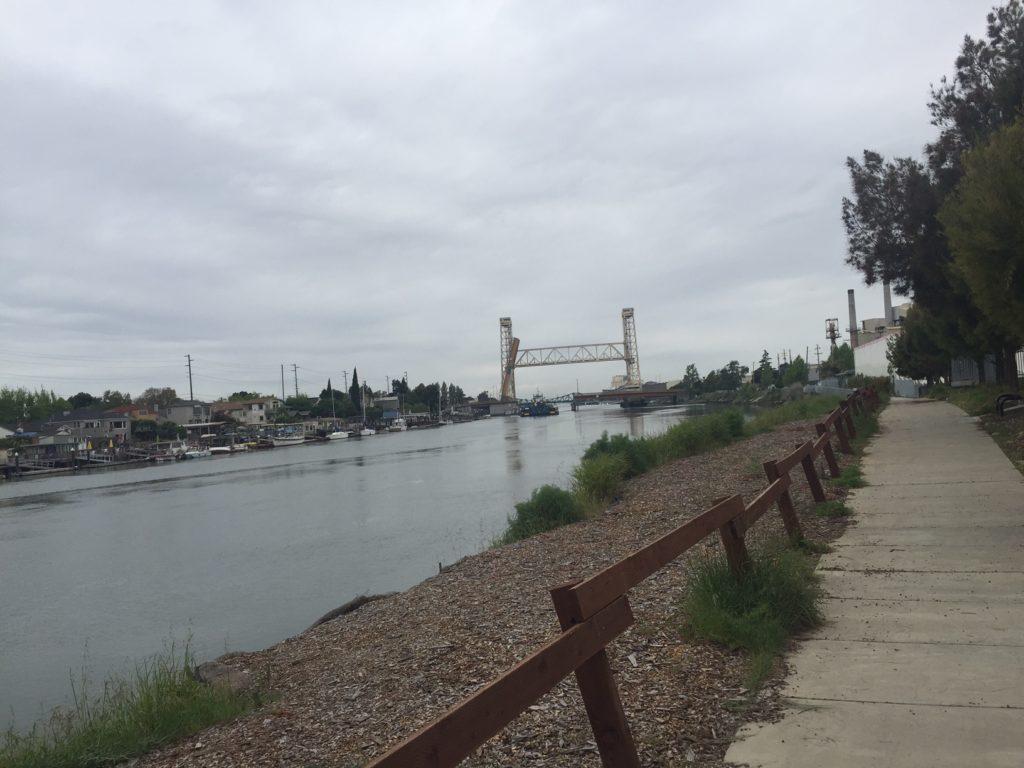 Fruitvale bridge rising to let a barge through