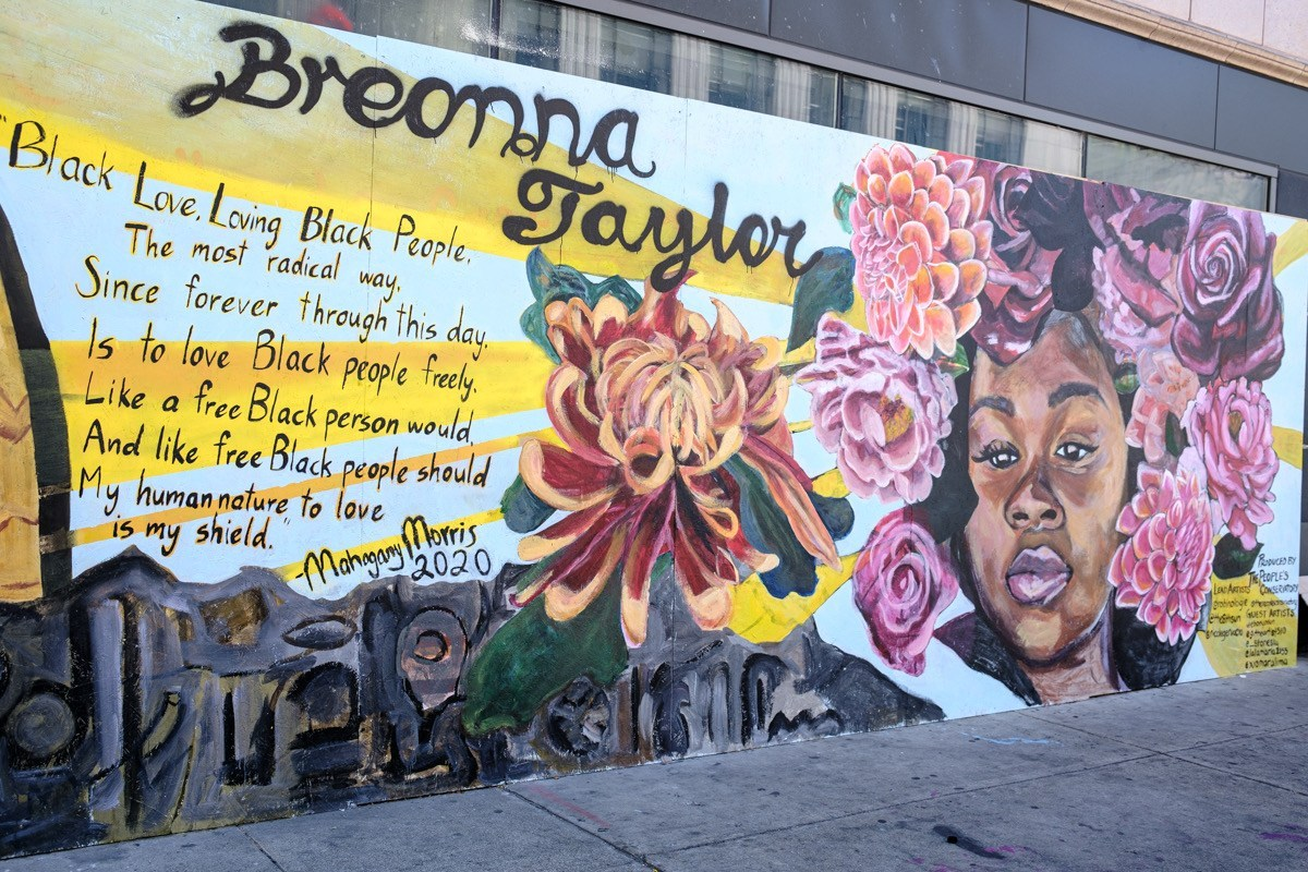 A colorful mural of Breonna Taylor.